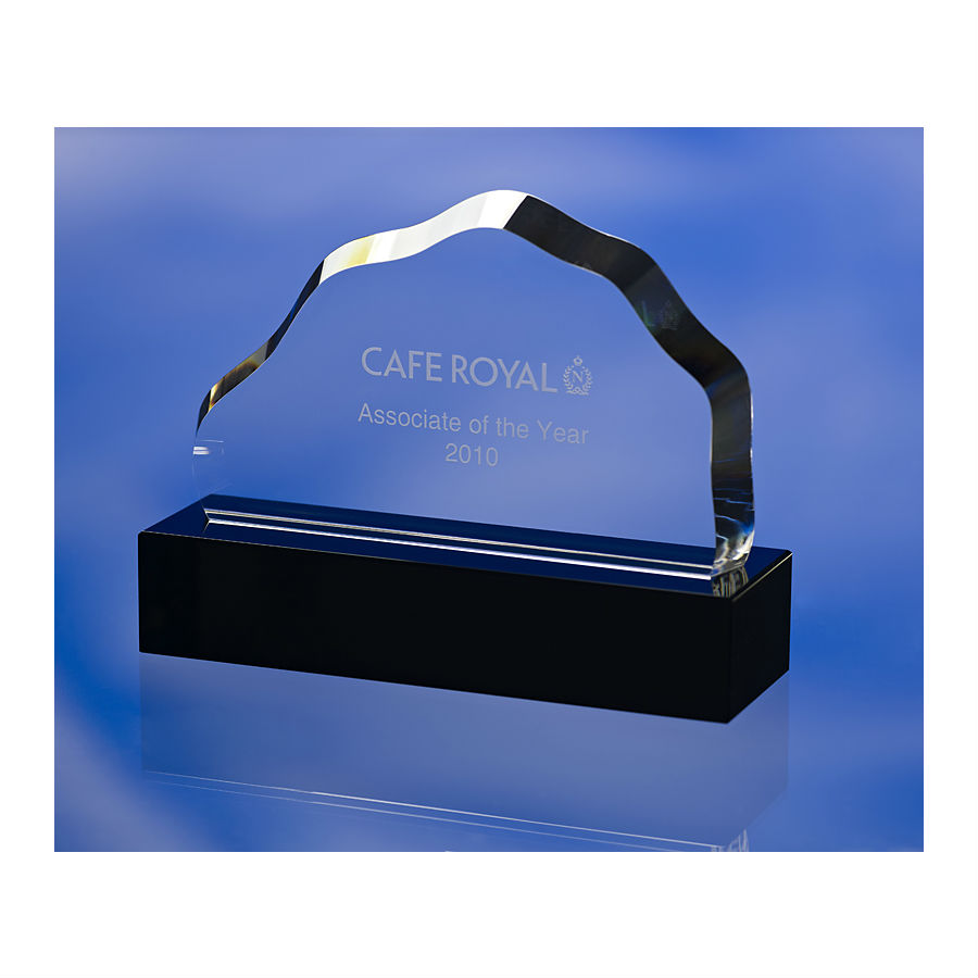 3D crystal mountain shape optical glass award trophy with black glass base